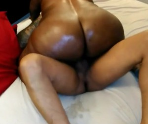 Busty Phat Ass Ebony Granny with a Big Wet Butt