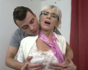 Saggy Big Boobs Granny Tittyfuck