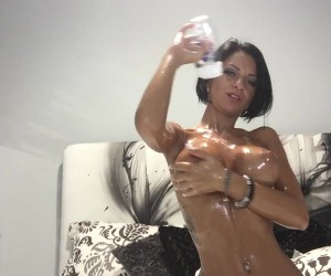Anisyia livejasmin Oily Big Tits and a Huge Ass