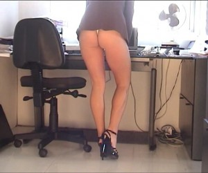Busty Secretary with a Perfect Ass in a Minidress
