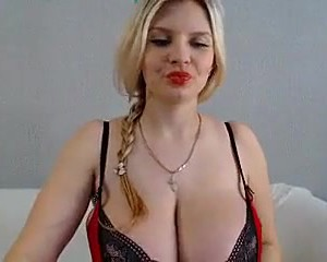 Huge Blonde Boobs Bouncing
