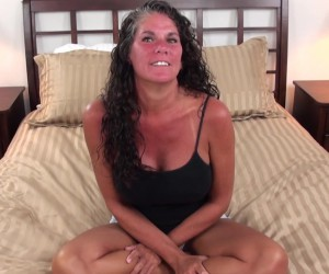 Tanned Big Tits Texan Mom